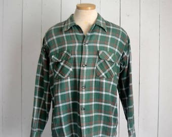 15% OFF - 7 Day Sale Cotton Flannel Plaid - 1970s Button Up Shirt - Vintage Rustic Grunge Green Plaid Shirt - Large L / Extra Large XL