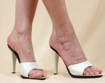 White Andrew Geller Heels * White Leather Stilletto Heels * White Leather Slip On Heels * High Heeled Mules * Evening Shoes * Summer Sandal