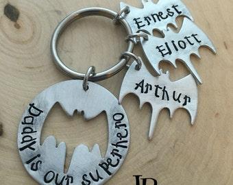 Dad Keychain ~ Superhero Daddy ~ Batman Keychain ~ Father Jewelry ~ Dad Gift ~ JessicaBe ~ Kid's Names ~ Personalized Daddy Keychain ~ Names