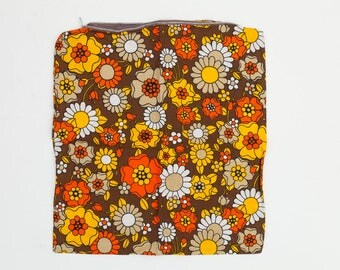 Vintage Floral Cushion Covers x3, Vintage Daisy Pillow Covers, 1970s