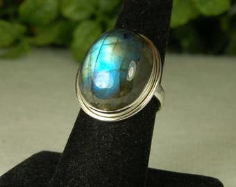 Labradorite Ring, Size 8, Electric Blue, Oval Labradorite, Spectrolite, Sterling Silver, Natural Labradorite, Big Blue Labradorite