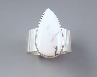White Buffalo Turquoise Teardrop- Hammered Sterling Silver- Gorgeous Tree Bark Texture Band- Adjustable One of a Kind Ring