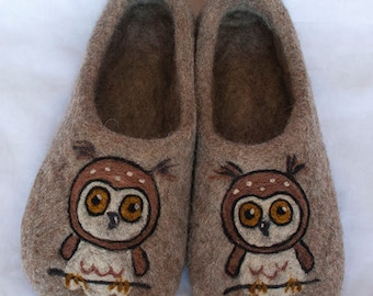 Felted slippers, wool slippers, home slippers, felt wool slippers, owls lover gift