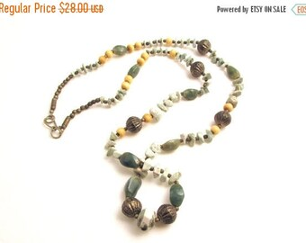 ON SALE Vintage Green Moss Agate Beaded Necklace / Long Boho Bead Necklace / Tree Agate Stone Necklace
