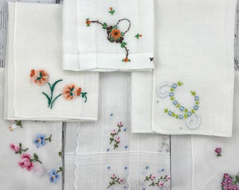 Vintage Embroidered Flowers Hanky Lot 1525