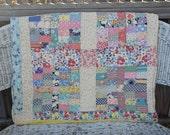 Vintage Patchwork Quilt  / Colorful Vintage Feedsack Quilt