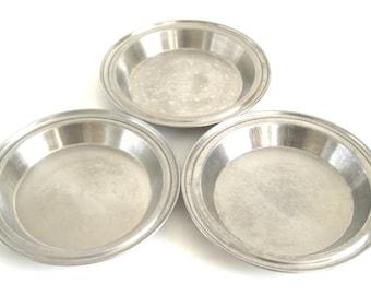 West Bend Stainless Steel Pie Pan No Drip Rim Juice Saver, & Unmarked Pie Plates