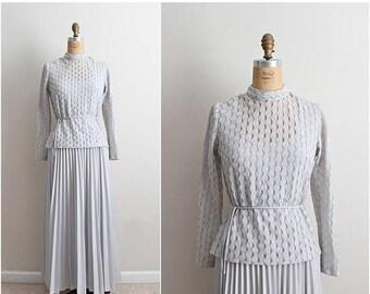 S a L E - 70s Gray Pleated Maxi Dress/ Bridesmaids / Party Dress  Accordion Dress / 1970s dress/ Size M/L