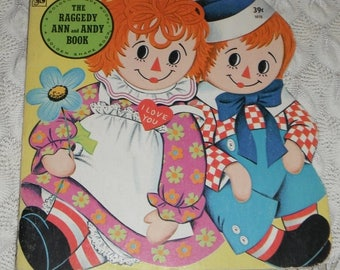 Raggedy Ann and Andy Book Golden Shape Book Vintage softcover 1976