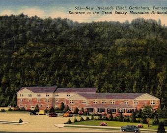 Gatlinburg, Tennessee, Riverside Hotel - Linen Postcard - Postcard - Unused (II)