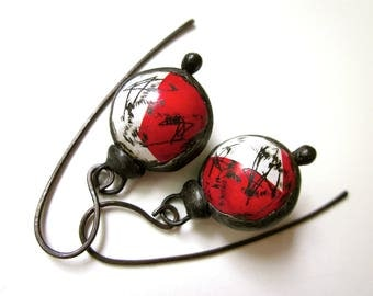 Don't Let Anybody Tell You Different - primitive vintage assemblage soldered bold red white tin hollow scratched bauble black metal earrings