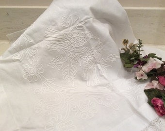 Vintage Lace Trimmed Love Bird Design Pillow Sham Buffet Cover, Vintage Linens, Vintage  Embroidery