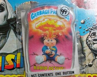 Unopened 1986 Garbage Pail Kids RADIO ACTIVE button
