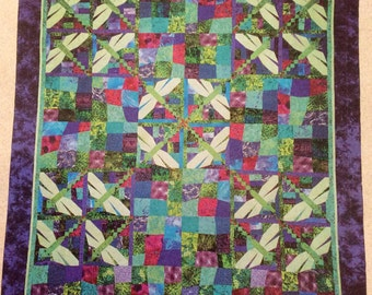 Dragonfly Quilt Pattern - Innovations 2000  - Large Girls quilt - Ruth Powers - New In Pckage - 87 By 111 Inches  - Nine Patch - Quilting