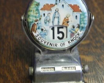vintage mid century desk calendar from Knock