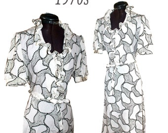 VTG 70's does 40's Black and White Graphic abstract Retro print Ruffled Dolly Pin-Up Secretary Midi Dress
