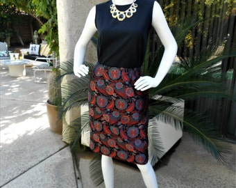 Vintage Brocade Pencil Skirt - Size 8
