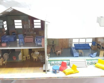 Louis Marx Split Level  Tin Litho Dollhouse Beautiful Half inch Scale home Contemporary with Furniture