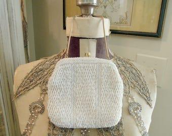 Vintage  White Faux Pearl Beaded Handbag Purse / Hand Made Pearl Clutch / Wedding Purse / Kiss Snap Closure / Gold Chain