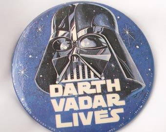 Vintage Star Wars Button, Darth Vadar Lives, Star Wars A New Hope Memorabilia, 1977 Ephemera