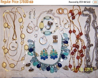 EVERYTHING 20% OFF, Vintage Jewelry (Lot 131). Big, medium and small.