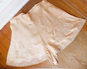 1920s 30s Peach Pink Silk Tap Pants Underwear Lace S