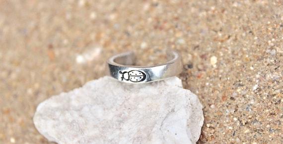 Lady Bug Toe Ring, Boho Silver Toe Ring, Silver Ladybug Toe Ring, Lady Bug Toe Ring, Tiny Lady Bug Toe Ring, Summer Jewelry, Lady Bug Ring