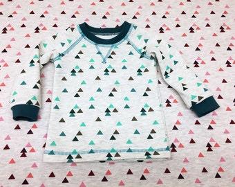 Boy Toddler Sweater, Girl Toddler Sweater, Baby Boys and Baby Girls, Triangle Raglan Jumper, custom size, European Kids Stoffenjunkie