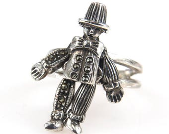 Dancing Boy Sterling Silver Ring Movable Arms and Legs Fancy Detailed Movable Articulated Boy Dancing Design Unique Band Ring Size 6.5
