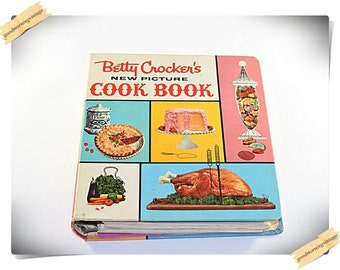 1961 Betty Crocker's New Picture Cookbook