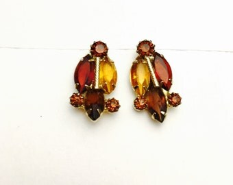 Vintage Art Deco Clip on Earrings, amber rhinestones, Antique Gold Tone, Clearance Sale, Item No. B093