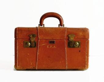 vintage leather train makeup case Platt Airess 1940s travel luggage