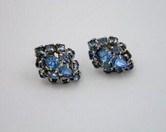 Vintage Baby Blue Rhinestone screw back earrings prong set