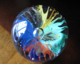 Large Round Paperweight Red Blue Green Yellow, Large Center Bubble