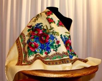 Gypsy scarf Ivory Flower Platok scarf Folk shawl Floral Scarf Beautiful Shawl Ivory shawl Gipsy scarf