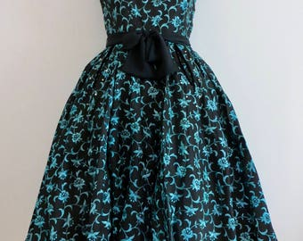 Vintage 1950's Floral Embroidery on Black Taffeta Dress/50's Swing Dress/Prom Dress/Wedding Party Dress /Small/FREE SHIPPING