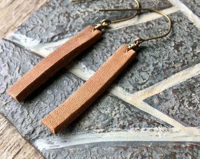 Wired Camel Brown Leather Drop Earrings