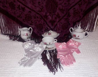 Girls Satin Dress Gloves ..Tea Party,Princess Ball, Dress Up,Weddings,Flower Girl,Pageants,First Communion,PrincessWear