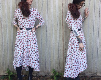 Incredible Vintage 1970's Maxi Dress Baseball Cap Print xs with Pockets and Lace