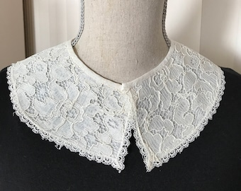 Lined off white lace collar from 50s