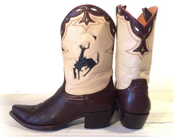 """Vintage Cowboy Boots, Old Gringo """"Let 'Er Buck"""", Brown, Beige All Leather with White, Black & Green Inlays, Women's size 7.5 B  / 8"""