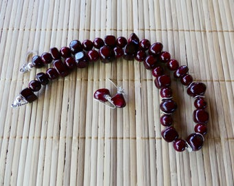 19 Inch Chunky Dark Red Quartzite Nugget Necklace with Earrings