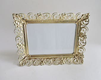 Vintage Picture Frame Gold Tone Ivory Pierced Metal 7 x 9 Table Top Frame