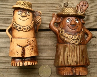 Vintage Treasure Craft of Hawaii Salt and Pepper Shakers- Ceramic Haole Vacationer Figurines - Lei Loud Shorts Palm Leaf Hat Pineapple