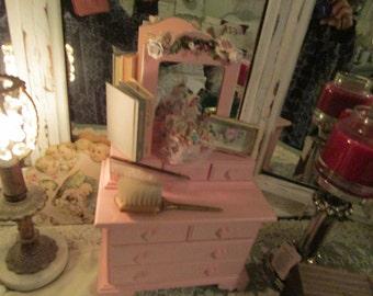 Pink Jewelry Box, Shabby Chic Decor, Jewelry Box,Vintage Flowers, Little Girl's Room,Jewelry Storage, Home Decor, Jewelry Organizer