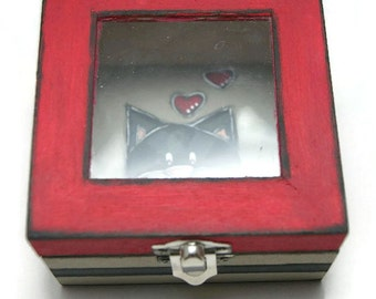 Box with lid in wood and glass and cat gray - Box red and gray with jewels - Box with lid and cat
