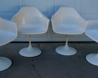 Tulip chairs vintage swivel fiberglass in the manner of Eero Saarinen for Knoll set of four original 1970's