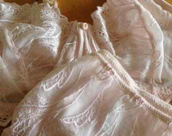 Reduced, Vintage Lingerie/Bali Lace Bra and Panty Set,    Blush Pink      Size Large      36DD