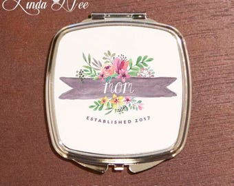 Mom Compact Mirror, Mom Established Gift, New Mom Gift Idea, Mom Pocket Mirror, Baby Shower Gift, Mother's Day, Mom Birthday Compact XPH14