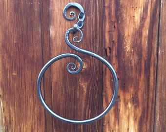 Enchanted Circle Hand Towel Ring